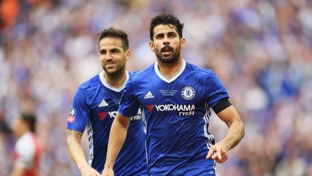 diego Costa comemora gol de empate contra o Arsenal