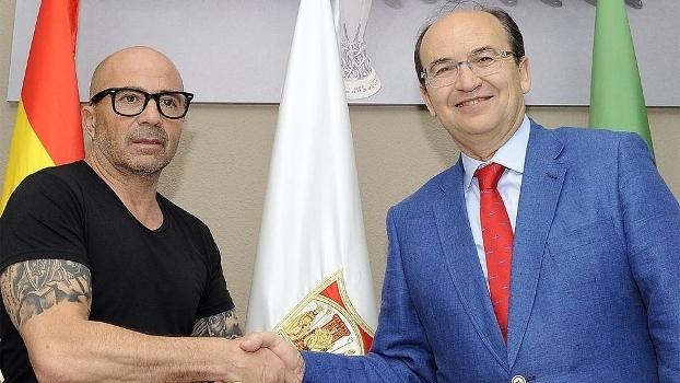 Jorge Sampaoli vem de um grande trabalho à frente do Chile