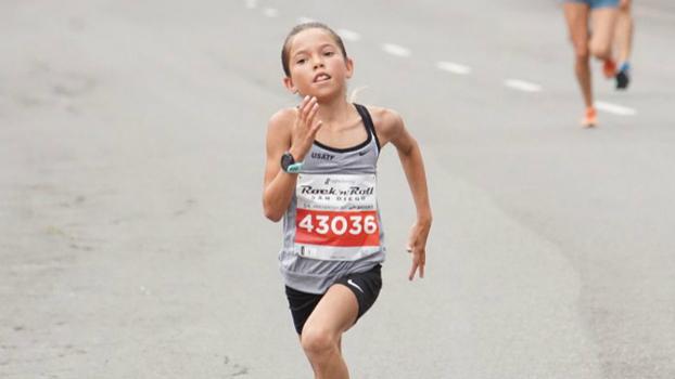 85c732ddb5 Menina de 10 anos corre 5 km