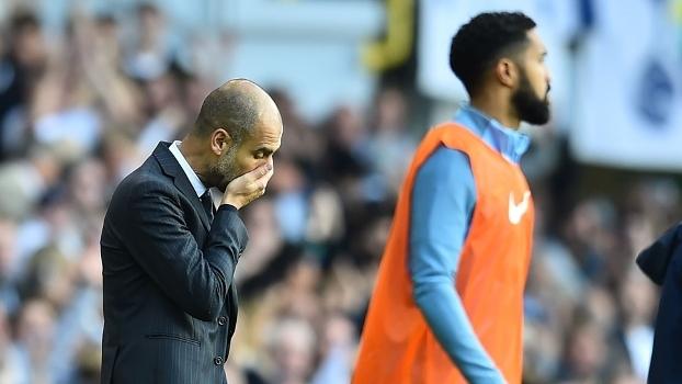 Manchester City, comandado por Guardiola, sofreu a primeira derrota na temporada