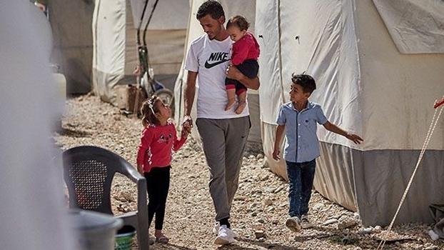 Firas al-Ali já teve três casas na Síria, mas hoje vive em um campo de refugiados na Turquia com sua mulher e três filhos