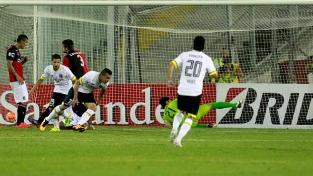eadc2f5b23 O Colo-Colo conseguiu sua primeira vitória na Libertadores  1 a 0 no Melgar