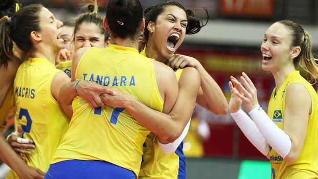 Resultado de imagem para Brasil bate a Sérvia e vai à final do Grand Prix
