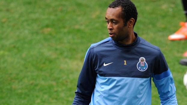 Aos 38 anos, Helton deixou o Porto