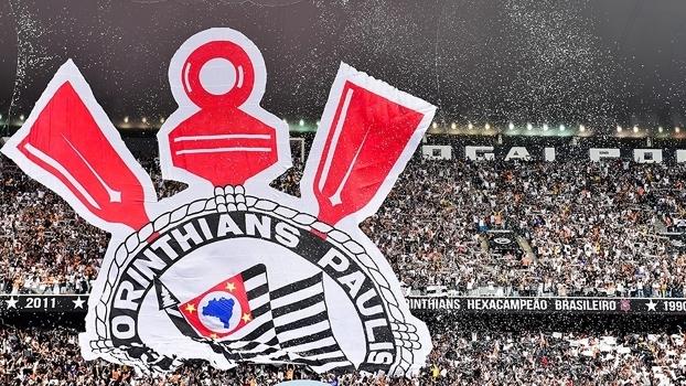 Corinthians passa Flamengo e Palmeiras e vira líder em público e renda no Brasileiro