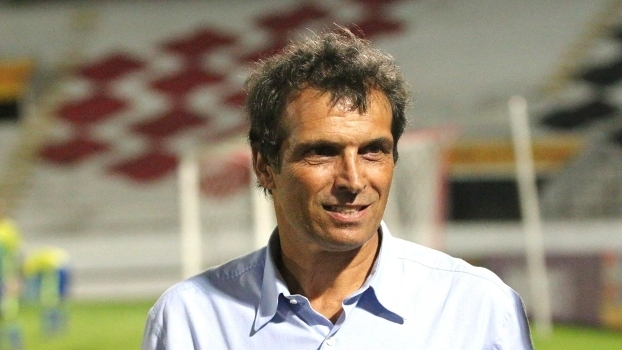 Figueirense empata com o Goiás na estreia de Milton Cruz