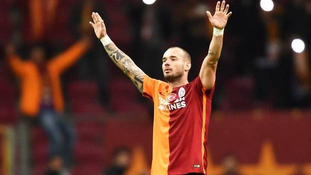 Nice anuncia acordo com o médio holandês Wesley Sneijder — Mercado