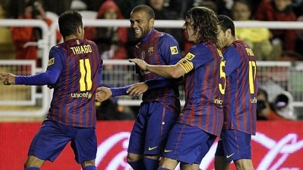 bc5018a7c6177 Puyol coibe comemoração de gol com dancinha no Barcelona