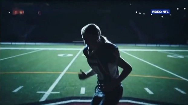 b6aca1c61f Brooke no comercial da NFL