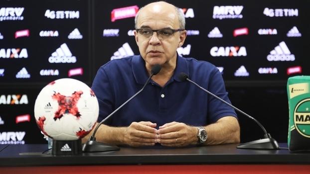 Eduardo Bandeira de Mello em entrevista coletiva no Flamengo