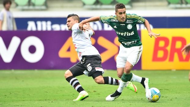 Gabriel, que era do Palmeiras, está chegando ao Corinthians