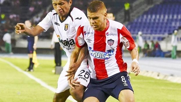 Gustavo Cuellar Junior Barranquilla Melgar Copa Sul-Americana 13 08 2015 2fbc2e99b330b