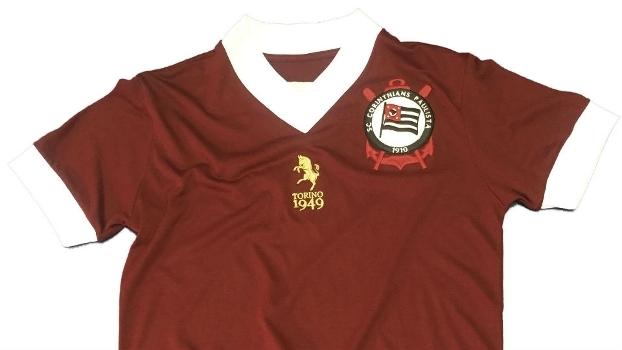 00fce9b32d79c Torino agradece ao Corinthians por homenagem em camisa