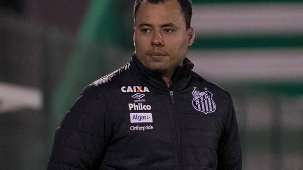 A queda de Jair Ventura no Santos vai além do mau desempenho e tem ... ffb8a554b6721
