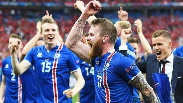 Gunnarson Islandia Comemora Classificação Euro-2016 Austria 22/06/2016
