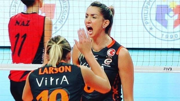 Thaisa está atuando no vôlei de Turquia, no Eczacibasi Vitra