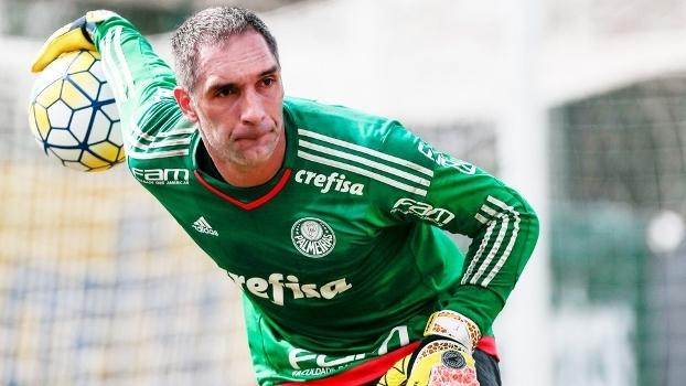 Felipe Azevedo marca dois, e Ponte Preta vence Palmeiras em Campinas