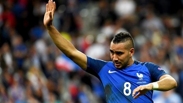 b0a0421015 Herói da França na Euro já teve que trabalhar em loja de roupas para ...