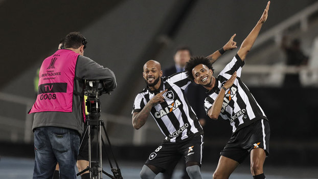Botafogo despacha mais um campeão — Libertadores
