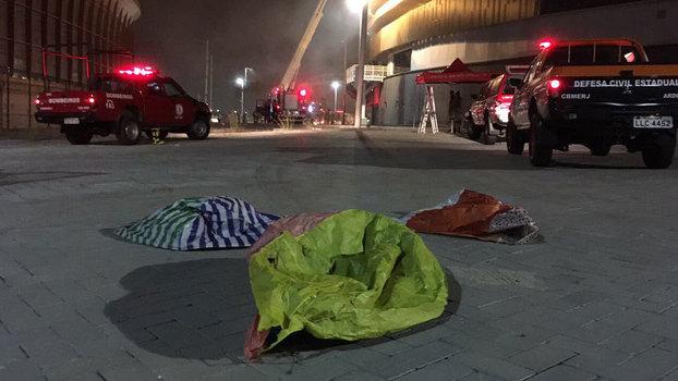 Balão cai em Parque Olímpico e incendeia Velódromo