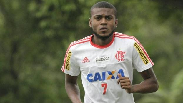 Marcelo Cirino vai desfalcar o Flamengo nesta quarta-feira