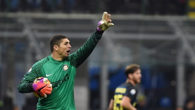 O goleiro Carizzo durante a partida contra a Udinese