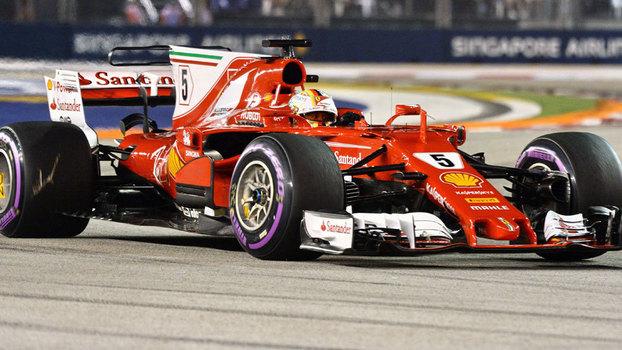Sebastian Vettel durante o treino classificatório para o GP de Cingapura