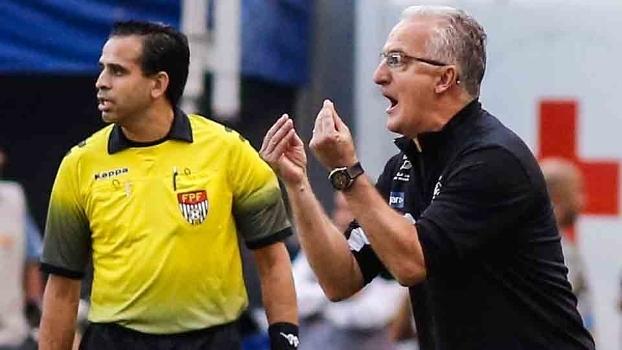 Técnico Dorival Junior ganhou o Paulistão 2016 e agora no Brasileiro  precisa de reforços 2f763dec519c9