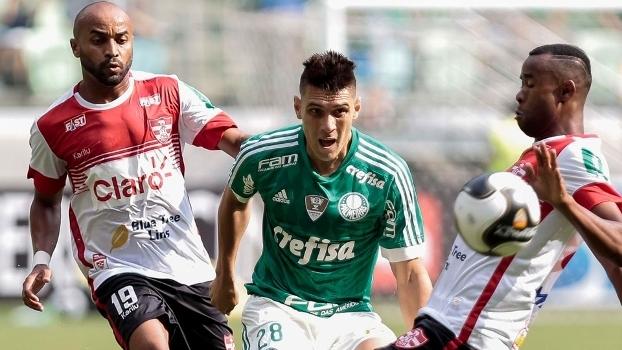 Moisés estreou pelo Palmeiras na tarde deste sábado contra o Linense