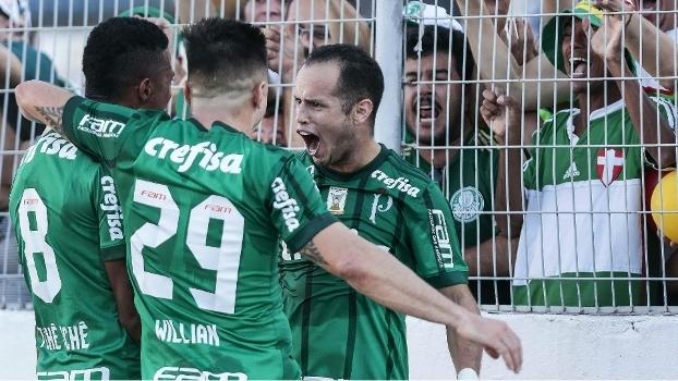 Guerra brilha, Palmeiras vence Ponte Preta e sobe para 4º