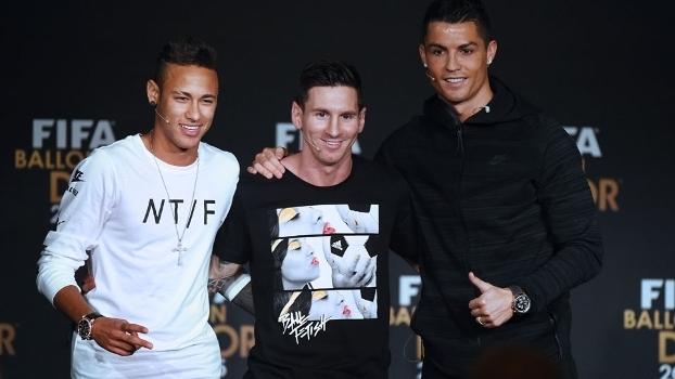 Neymar Messi E Cristiano Ronaldo Na Bola De Ouro De