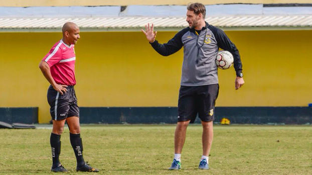 Ex Goleiro Do Corinthians Vira Sensação Como Técnico Na