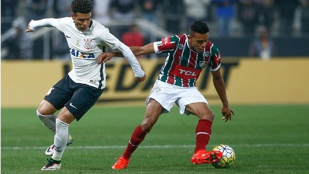 O lateral William Matheus está emprestado ao Fluminense