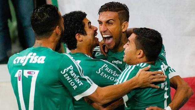 Rafael Marques abriu o placar para o Palmeiras