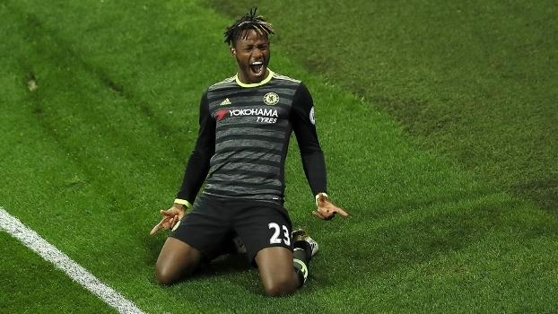 Diego Costa revela que Conte não quer sua permanência no Chelsea