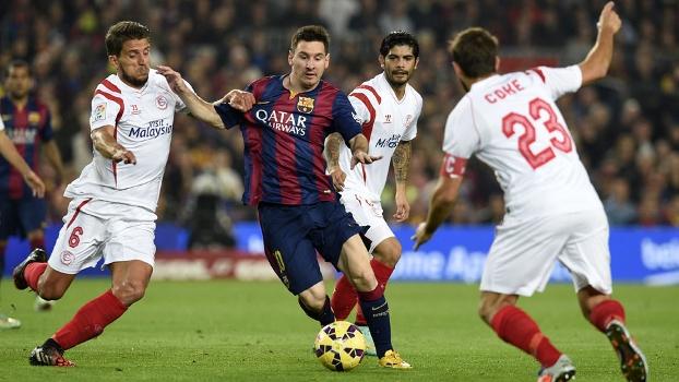 Messi faz história com 3 gols e recorde a46b2934ba509