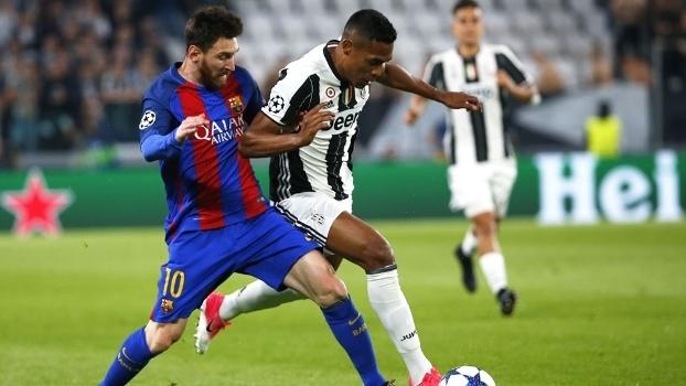 Alex Sandro foi bem na marcação de Messi