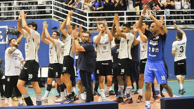 Corinthians ficou com o vice no Paulista de basquete