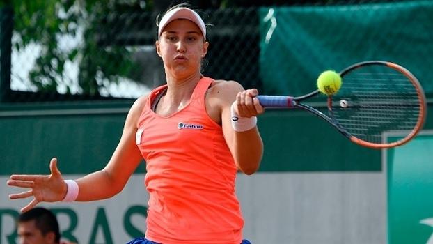 Antes da Croácia, Bia Haddad Maia perdeu para Vesnina em Roland Garros