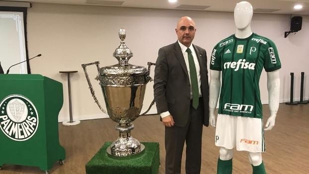 O presidente do Palmeiras 0130ea3fddef6