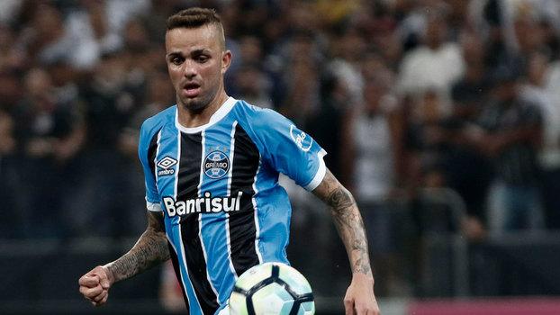 Luan voltou ao Grêmio após 40 dias sem atuar 90ec72e21f077