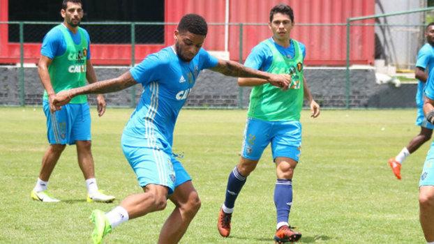 Com gol nos acréscimos, Sport arranca empate fora contra a Chapecoense