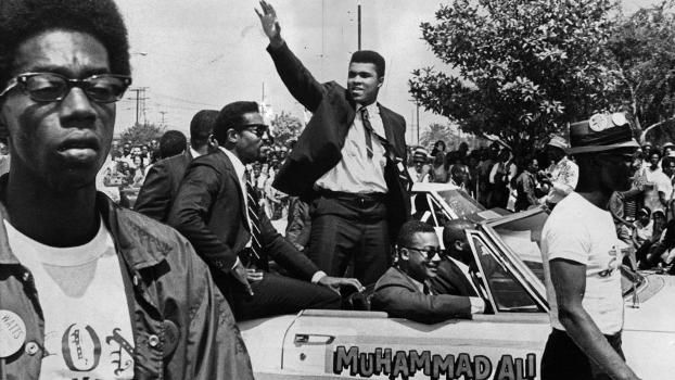 Muhammad Ali em 1967 no Watts Summer Festival, evento criado para celebrar a cultura negra