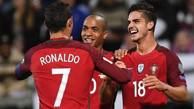 Resultado de imagem para Portugal x Letônia
