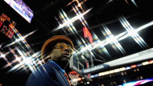 Nunca duvide da lealdade de Spike Lee aos Knicks: em janeiro de 2013, o diretor foi até Londres para ver o jogo contra o Detroit Pistons