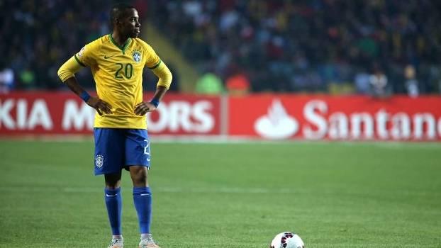 Robinho completou 99 jogos com a camisa da seleção neste sábado
