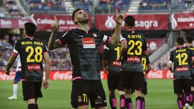 Leo Baptistão anotou um dos gols do Espanyol sobre o Granada