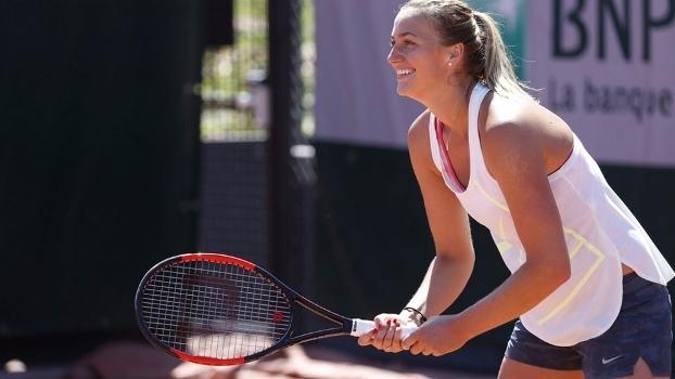 Petra Kvitova durante treino em Roland Garros após o retorno às quadras