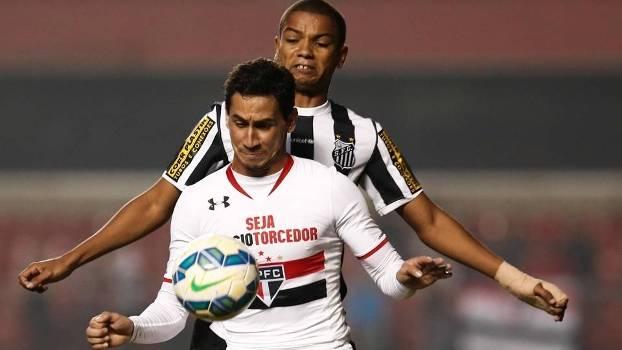 Ganso durante o jogo do São Paulo contra o Santos