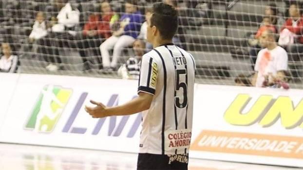 Neto foi herói do Corinthians na classificação contra o Joinville na Liga Futsal